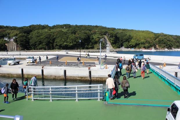 仁斗田(にとだ)到着|猫島(猫の島)で有名な『田代島』を中心に巡る1泊2日石巻離島の旅