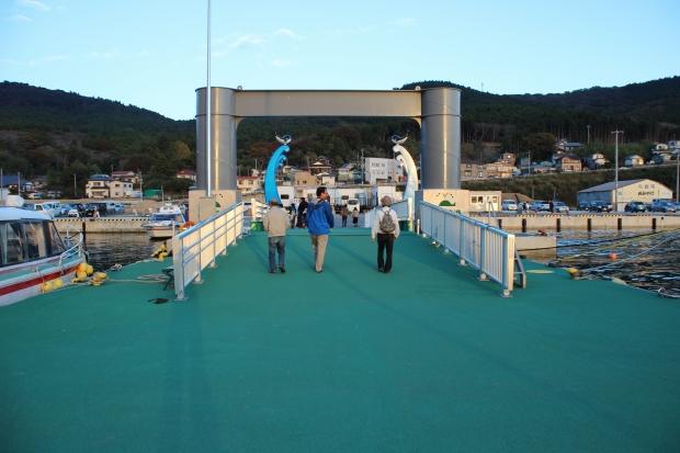 夕暮れの鮎川港の様子|猫島(猫の島)で有名な『田代島』を中心に巡る1泊2日石巻離島の旅