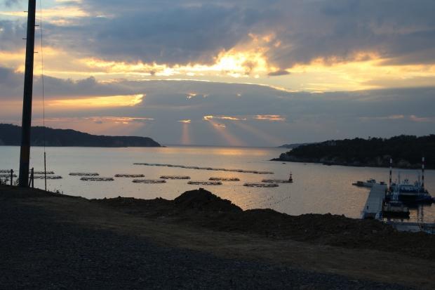 鮎川港を眼下に眺める|猫島(猫の島)で有名な『田代島』を中心に巡る1泊2日石巻離島の旅
