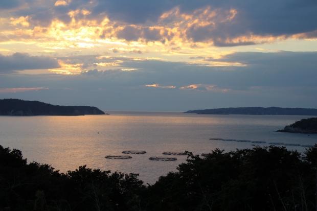 あたみ荘から見える綺麗な夕焼け|猫島(猫の島)で有名な『田代島』を中心に巡る1泊2日石巻離島の旅
