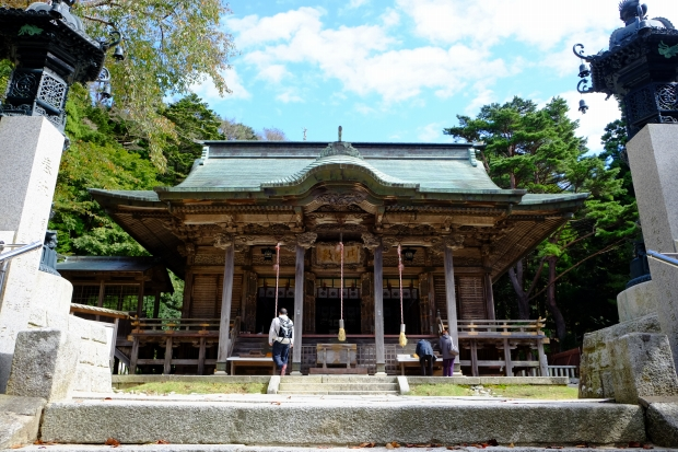 金華山の黄金山神社の本殿|猫島(猫の島)で有名な『田代島』を中心に巡る1泊2日石巻離島の旅